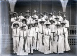 Pomona College class of 1904 in sombreros