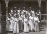 Pomona College class of 1906 women on Holmes Hall porch