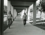 Students walking toward McConnell Center, Pitzer College