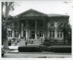 Carnegie Building and students, Pomona College