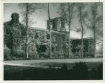 Sumner Hall and Memorial Court, Pomona College
