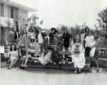 Students posing for yearbook picture, Pitzer College