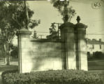 Pomona College gates, Pomona College