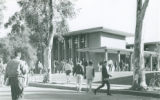 Thomas-Garrett Hall with students, Harvey Mudd College