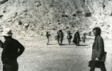 Hedrick, Layton and crew at Jabal al-Ṭārif